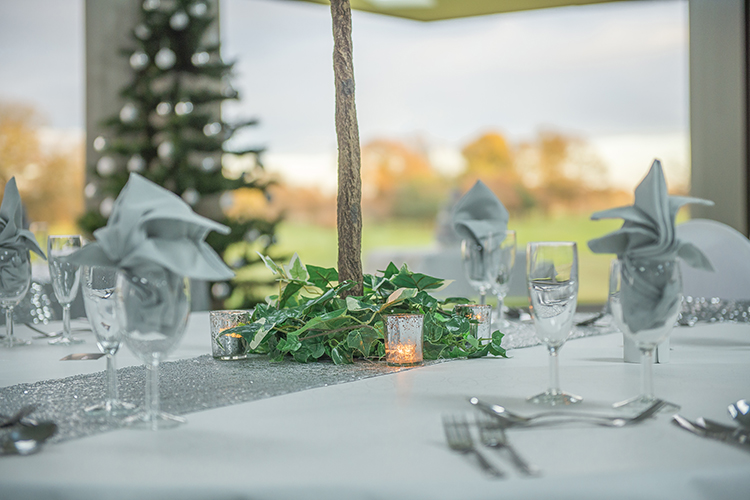 thonock wedding table